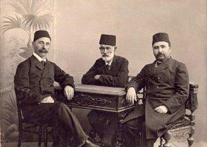 zerdabi-hesen-bey-2-ismail-gasprinskii-gasan-bek-zardabi-i-alimardan-bek-topchibashev-baku-1907-god